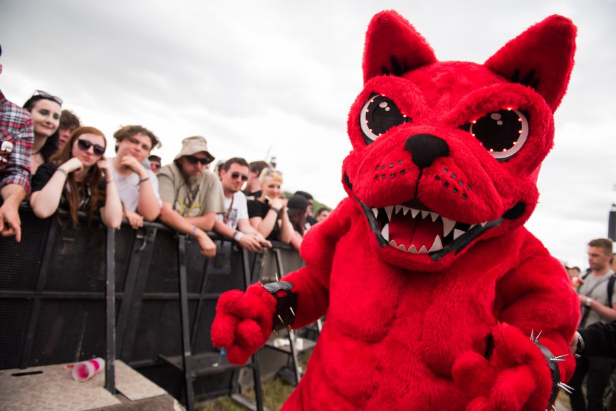 THE DOWNLOAD 2018 APP IS HERE!