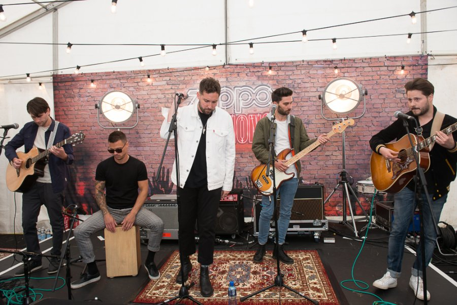 Asking Alexandria and You Me At Six Surprise at Zippo Sessions